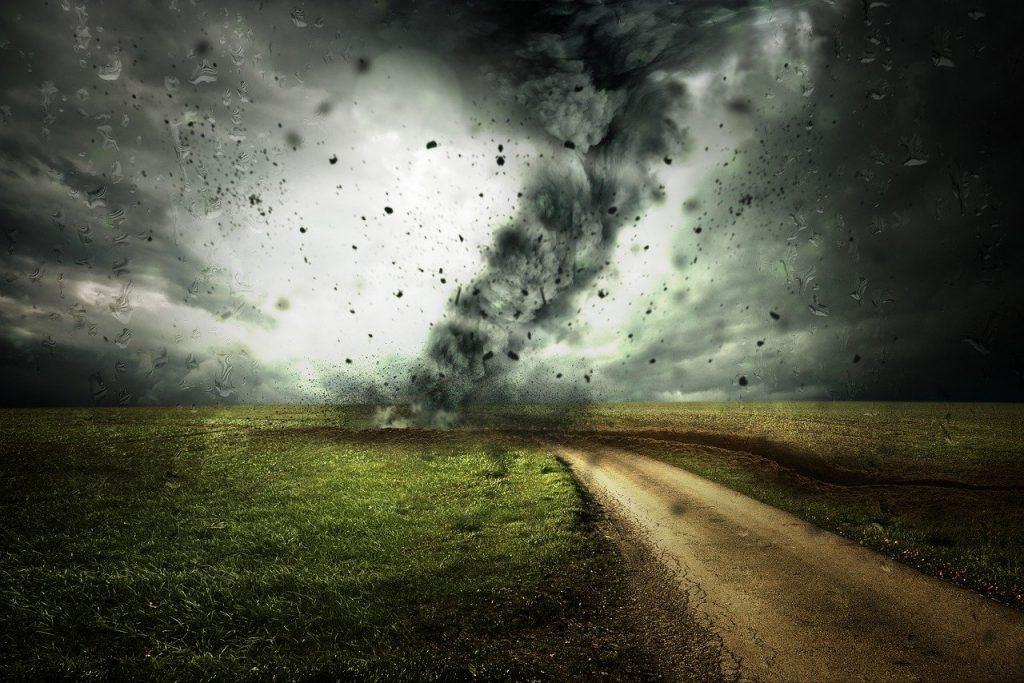 los 10 paises con mas tornados del mundo